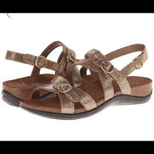 Dansko Jameson sandals sz 40=9